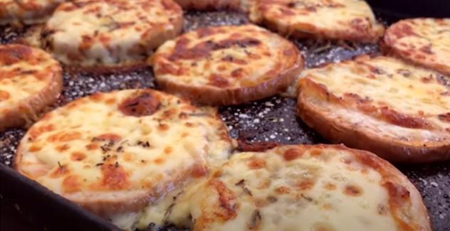 Calabaza al horno con queso rulo de cabra