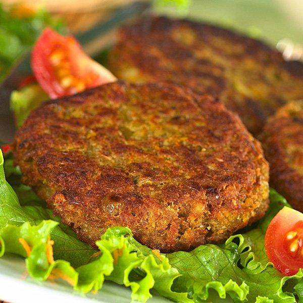 La imagen tiene un atributo ALT vacío; su nombre de archivo es hamburguesa-de-lentejas.jpg